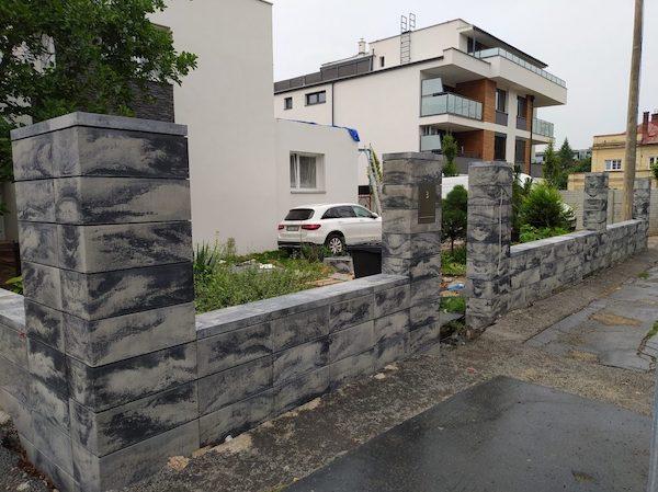 dizajnove betonove oplotenie